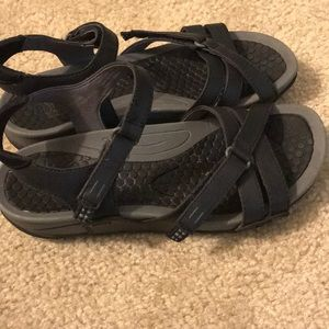 Shoes - Baretrap Sandals